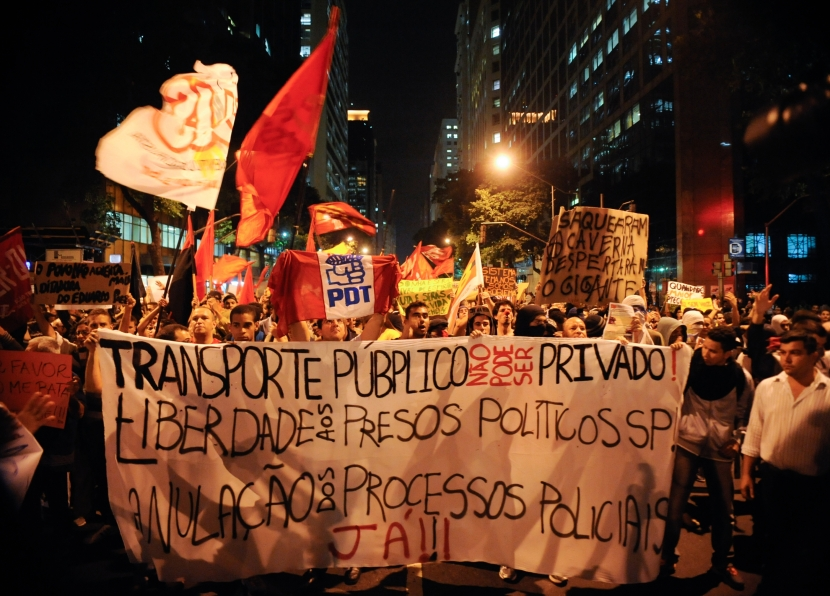 Protests in opposition to rising transit fares is part of a broader social movement demanding a better quality of urban life in Brazil. Photo courtesy Agencia Brasil, Wikimedia Commons.
